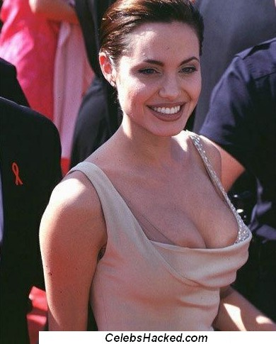 videos de angelina jolie nude: